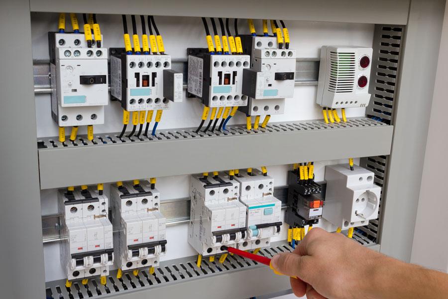 Rifacimento impianti elettrici: quando è necessario